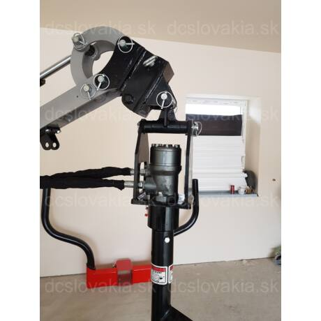 Hidraulikus talajfúró minikotróra, traktorra, homlokrakodóra SN116